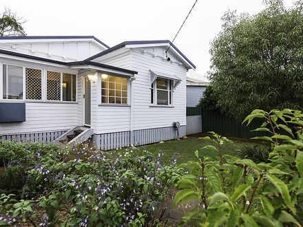 House - 11 Ranfurley Street...