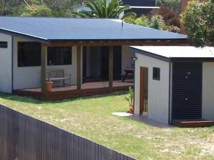 House - 100 Tasman Highway,...