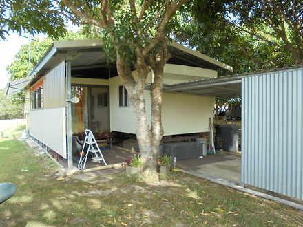 Unit - Howard 4659, QLD