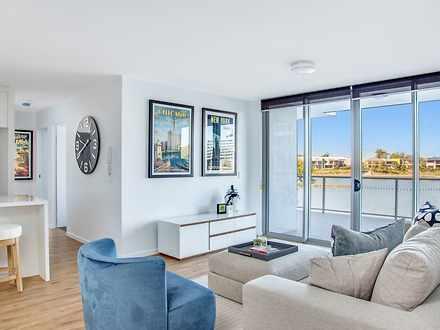 Apartment - 65 Varsity Para...
