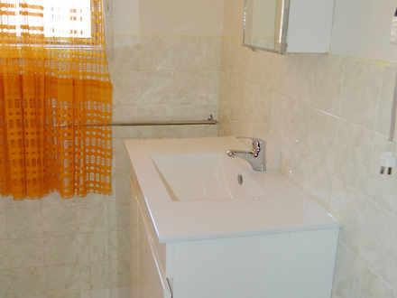 E68b8f6f851497da76fec72b 14881 bathroom2 1556394331 thumbnail