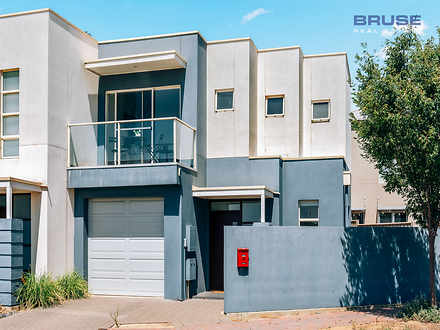 House - 25 Cappers Drive, B...