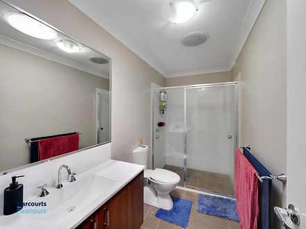 F802e20d799a344cd4d9d1ba 23544 bathroom 1556839797 thumbnail