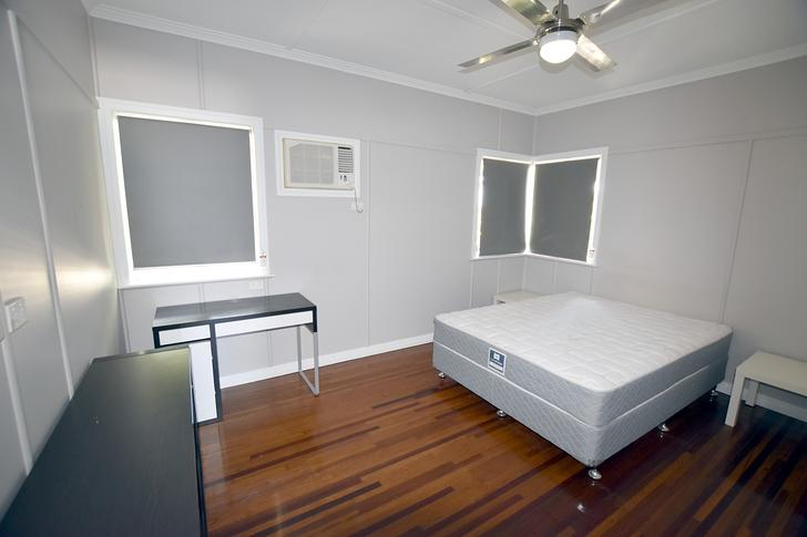 64875fa7b6d154c876bbd515 7443 5palmer bedroom21large 1557278052 primary