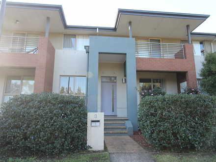 House - 8 Montefiore Avenue...
