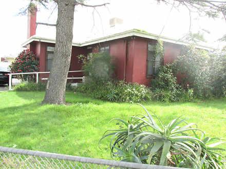 House - 28 Union Grove, Spr...