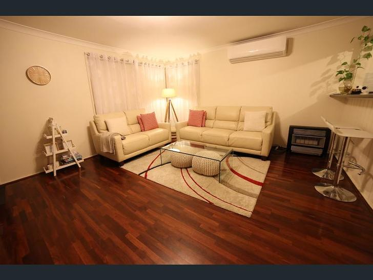 703c4a4b84811942998cc14c 25874 livingroom 1557897734 primary