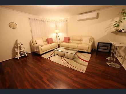 703c4a4b84811942998cc14c 25874 livingroom 1557897734 thumbnail
