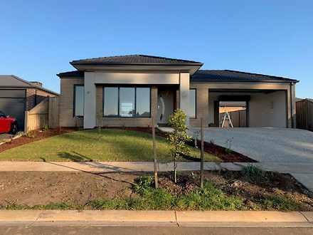House - 48 Sunnybrook Avenu...