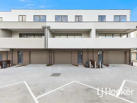 House - 33 Rubus Way, Paken...