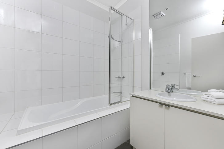 Bathroom 1558400199 primary