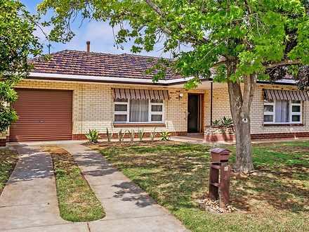 House - 4 Jennifer Street, ...