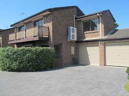 Townhouse - 3 / 30 Nepean H...