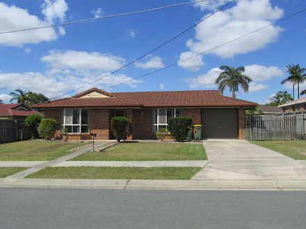 House - 4 Parkside Drive, C...
