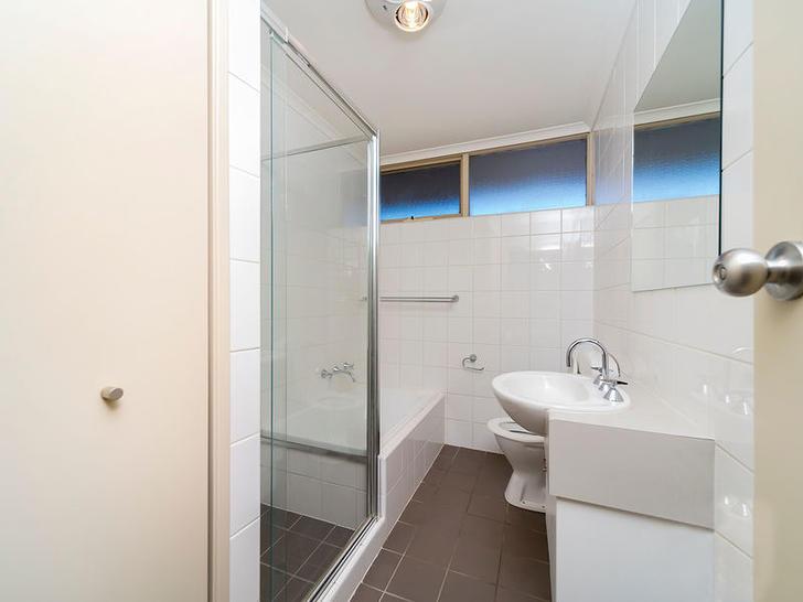 778e7c3703eb1d86ab442d38 2021 bathroom 1559275937 primary