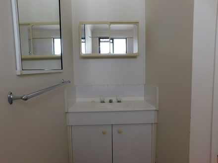 Bathroom 2 1559522070 thumbnail