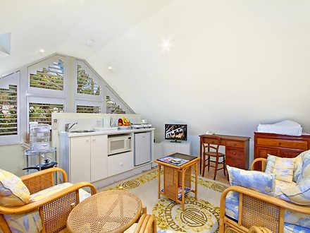 Apartment - 65A Carlotta St...