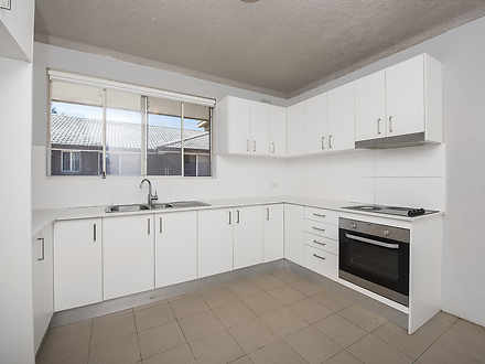 Unit - 5/49 Third Avenue, C...