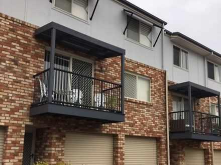 Townhouse - 34/100 Oakmont ...