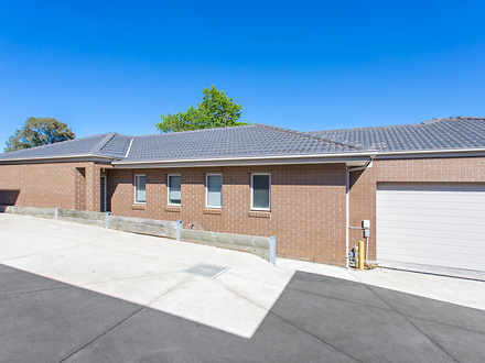 Townhouse - 4/315 Walker St...