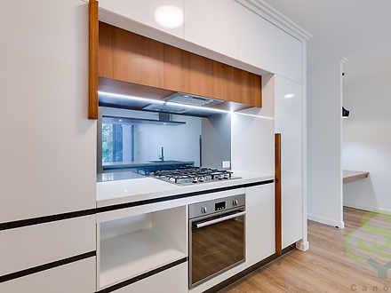 Apartment - 390 Simpsons Ro...