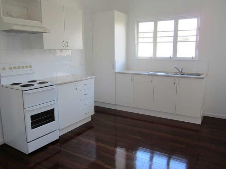 House - 325 Beaconsfield Te...