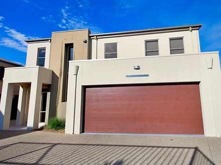 Villa - 40 Cypress Drive, M...
