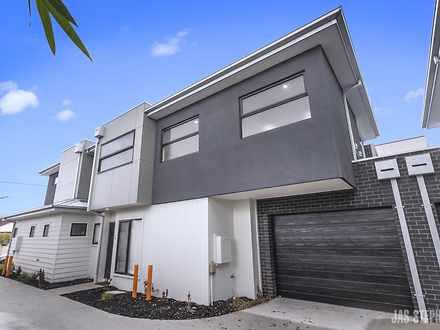 House - 2/80 Wellington Str...