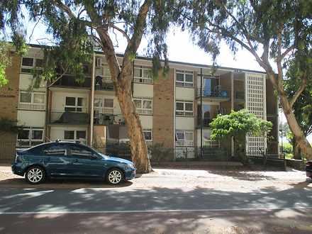 Apartment - 5/168 Broadway,...