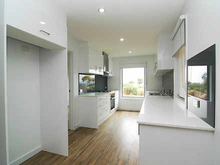 House - 1 Centaurus Avenue,...
