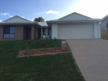 House - 38 Lakeside Drive, ...