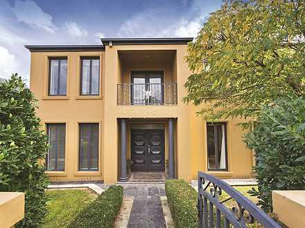 House - 8 Paisley Street, B...