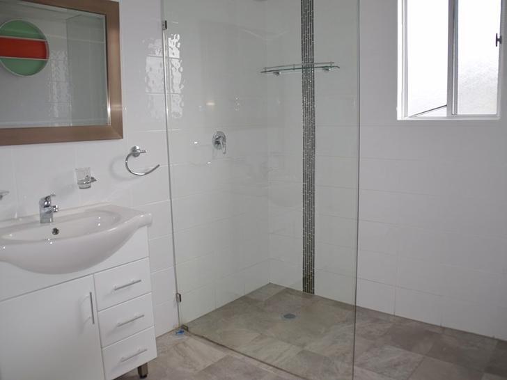 Dd97db036c876952ca97fb39 14309 6elderswarwick bathroom 1588745526 primary