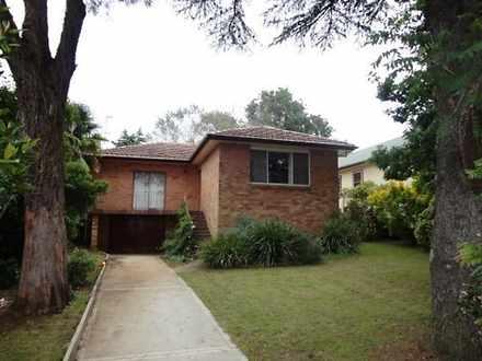 House - 18 Glen Innes Road,...