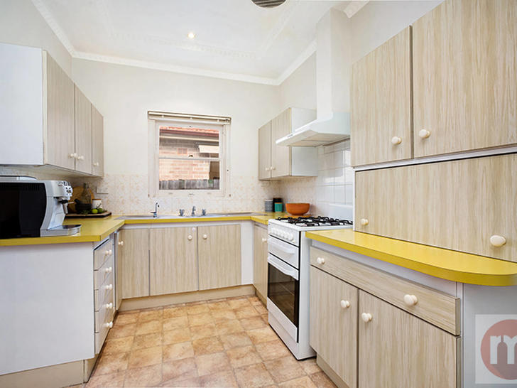 Eca7696a1ea06e123f815d7a lamrock ave 17 russell lea kitchen low 1561534689 primary