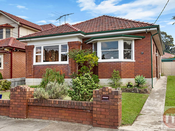 A06135accc40e7b8c1c798fc lamrock ave 17 russell lea facade low 1561534693 primary