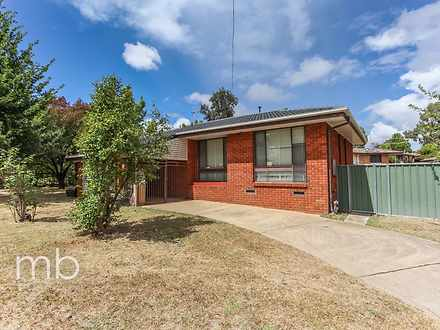 House - 20 Amaroo Crescent,...