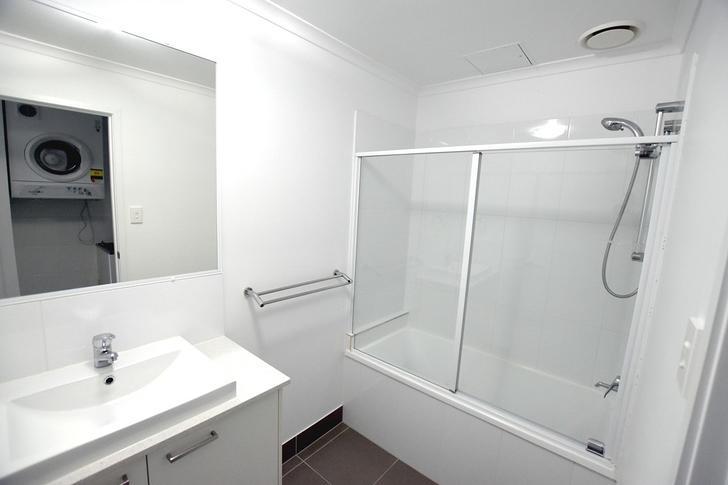 7028ad58fcdbf68c1a8c8725 27662 9 23roberts bathrooms1 1585106162 primary