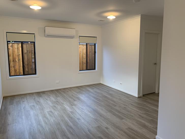 Lounge 9 1561763084 primary