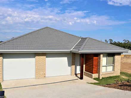 House - UNIT 1/12 Holroyd S...