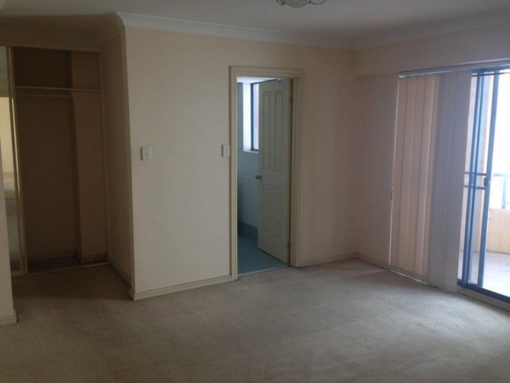 060fb7b684c8e9cafa488403 main bedroom 1562031318 primary