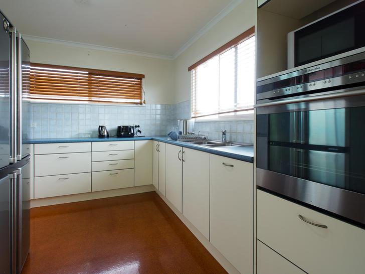 10 kitchen 01 1562385396 primary