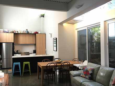 Townhouse - 5B Corrie Road,...