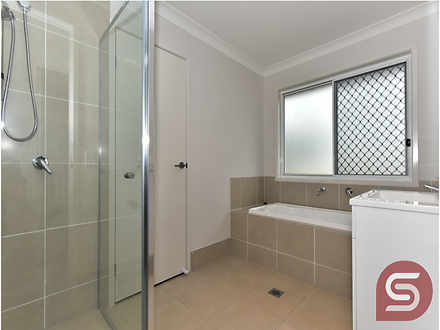Unit - 2/7 Wenlock Place, B...
