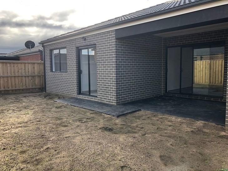 22 Rathberry Circuit, Clyde North 3978, VIC House Photo