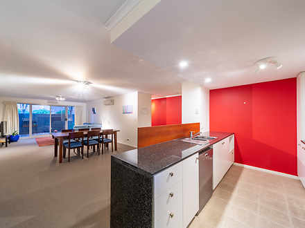 Apartment - 3/64 Lowanna St...