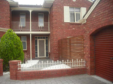 Townhouse - 4/27-29 Moseley...