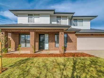 1/87 Clyde Street, Box Hill North 3129, VIC Townhouse Photo
