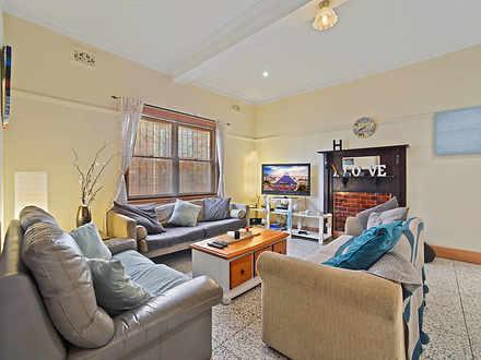 House - 1/97 Coogee Bay Roa...