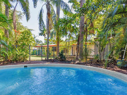 House - 4 Compass Court, Wo...